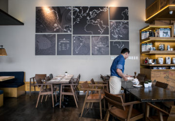 The Coffee Bean and Tea Leaf isn't a beverage-only brand as proven by its bistro concept