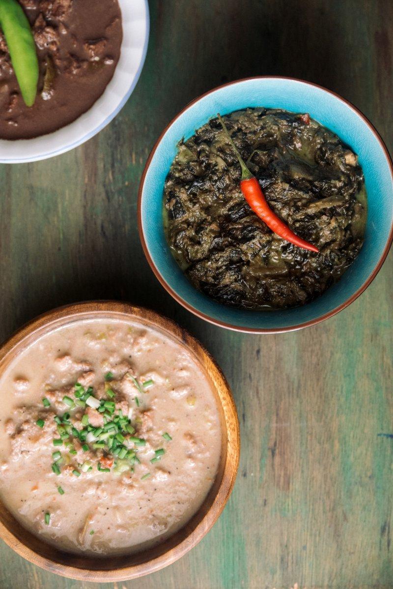 Quisinera's dinuguan, laing, and manok sarsatay