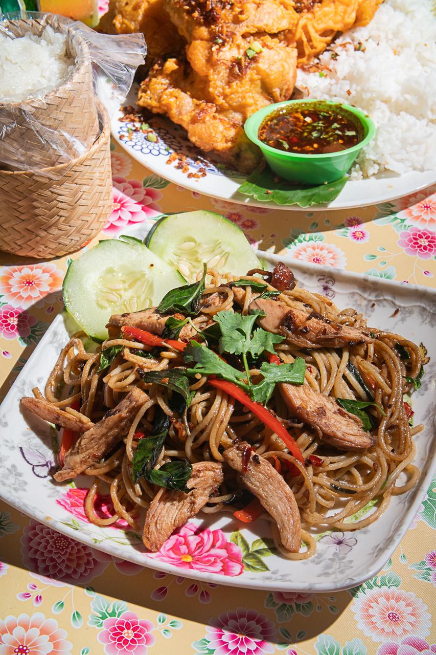 Khao Khai's drunken spaghetti (pasta with garlic, chili, basil, and anchovies)