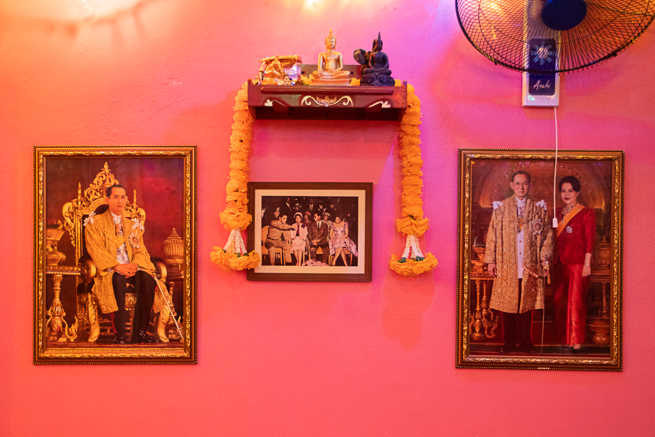 More photographs of the king at Khao Khai