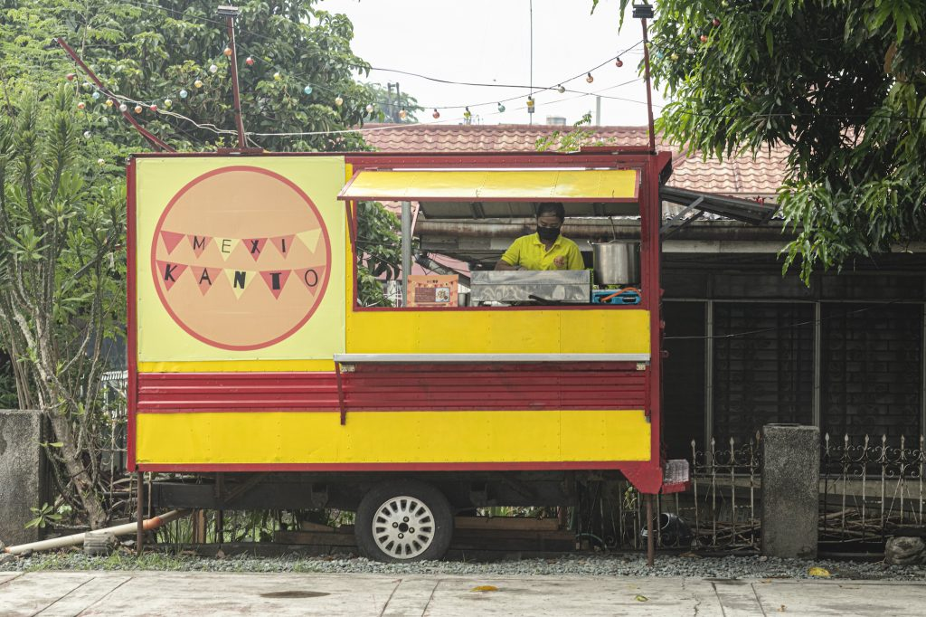 MexiKanto Food Truck is located in Fairview